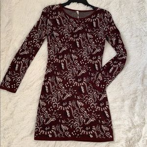 Willow and Clay Sweater Dress Print SZ S